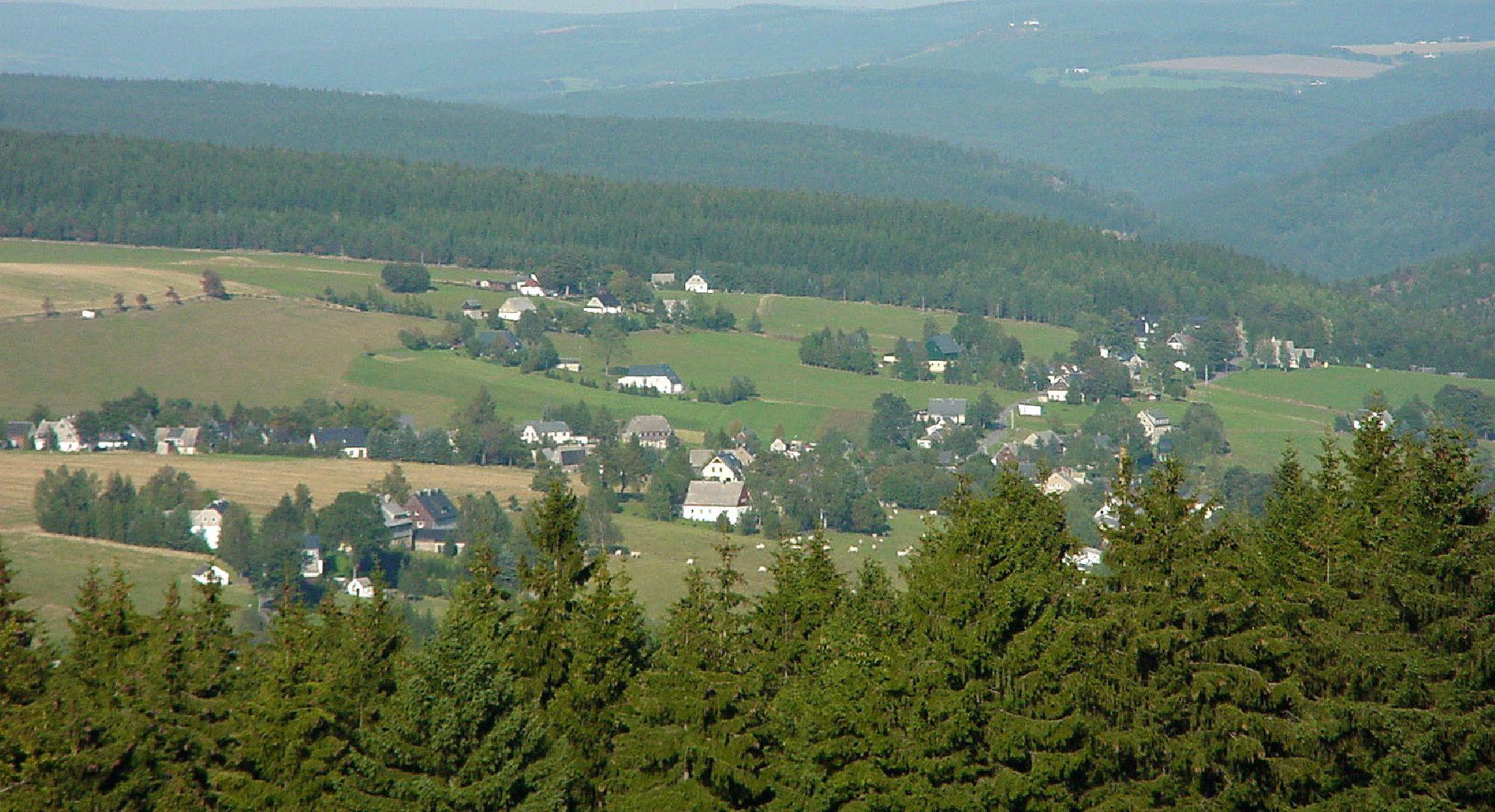 Blick vom Lauschhübel auf Rübenau