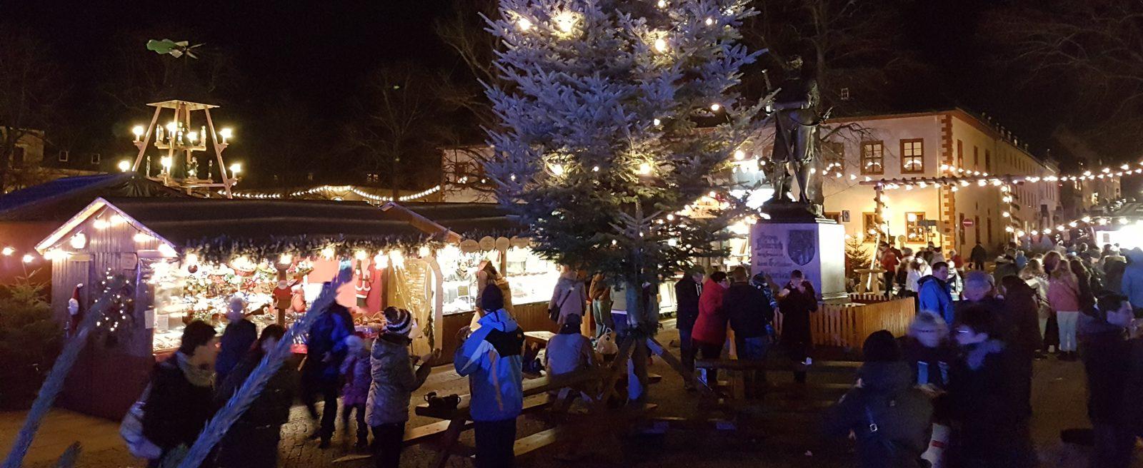 Wo Ist Heute Ein Weihnachtsmarkt.Marienberger Weihnachtsmarkt Im Erzgebirge